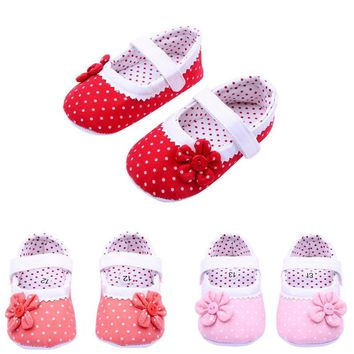 Baby Girls Flower Crib Shoes Red or Pink