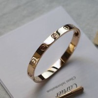 *-*!!! Love Cartier Series -(size 19)Bracelet in 18k Rose Gold & Screwdriver **