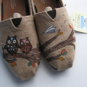 Custom Painted Burlap TOMS