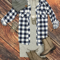Penny Plaid Flannel Top: Blue/White