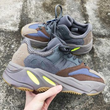 Adidas Yeezy 700 New Fashion Runner Boost Fashion Personality Women Men Casual Running Sport Shoes