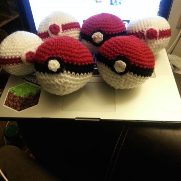 "Handmade 4"" Amigurumi Crochet pokemon Pokeball * Premiere ball included with Pokeball purchase *"