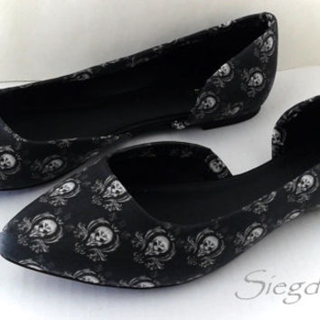 Silence Will Fall- The Silence-Doctor Who Villain-Women's Flats-Summer shoes- Cosplay-Fandom-Fangirl-11th Doctor--Decoupage-Custom shoes