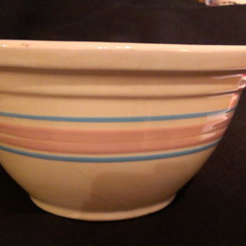 McCoy Stonecraft Pink and Blue Large Ovenware Bowl (135K)