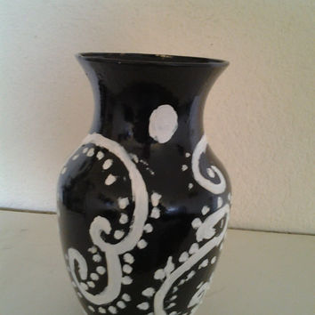 Orginal Hand Painted Black and White Glass Flower Vase