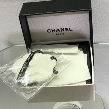 New CHANEL Ceramic Camellia Perfume Exclusif Diffuser Blotter Bag Charm gift box