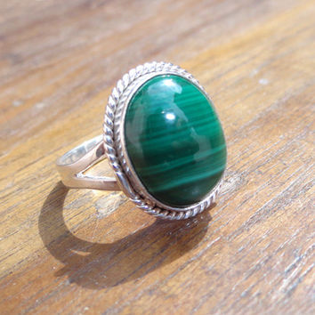 Malachite Ring, Silver Stone Ring, oval shape malachite silver ring, Matching Ring Jewelry, 925 sterling silver, women rings, vintage ring