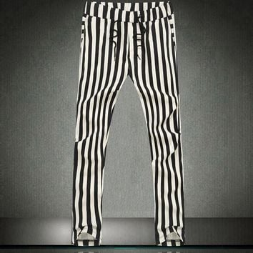 Metrosexual Black And White Striped Harem Pants Men Harem Hip Hop Dance Pants Camouflage Pants Fashion Sexy Mens Pants Zebra