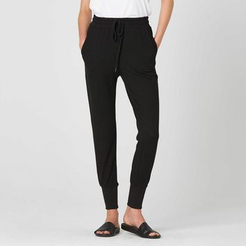 [Joggers] Womens Tapered Jogger Pants in Black