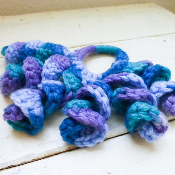 Crochet scrunchie, crochet ponytail holder, curly crochet, variegated blues, hair tie, girl's accessory, hair styel, ready to ship, handmade