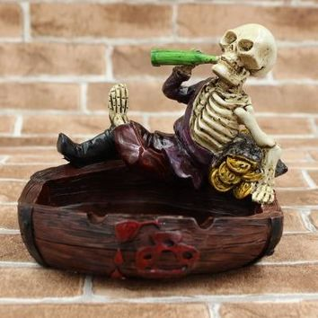Resin Ashtray with cover skull