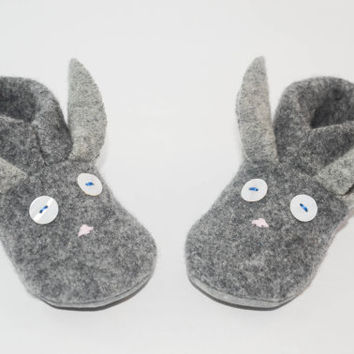Easter Bunny Felted Wool Slippers, Felted kids footwear, Baby Bunny Shoes, Kids Bunny Slippers, Easter Bunny Baby. Hippity Hop!