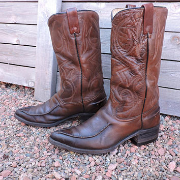 Vintage 60s Cowboy boots / 9 EE / Texas Imperial Boots USA made / brown leather 1960s western boots / GravelStreetVintage