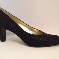 Bruno Magli Shoes Womens Size 7.5 AA Narrow Black Heels Italy Leather 7 1/2