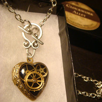 Steampunk Victorian Style Clockwork Gears Heart LOCKET Necklace - Great VALENTINES DAY Gift (1551)