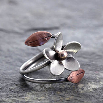 Plumeria Adjustable Ring, Size 9-10 READY TO SHIP, statement jewelry,  Hawaiian Frangipani Flower, Spring, Hawaiian Flowers, Gift for Her