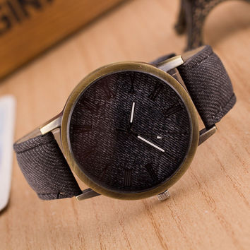 1PCS New Luxury Men Women Fashion Retro Design Leather Analog Classic Casual Round Cowboy Vintage Quartz Wrist Watch