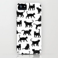 Le petits chats iPhone & iPod Case by Marcelo Romero