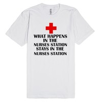 WHAT HAPPENS AT THE NURSES STATION STAYS AT THE NURSES STATION | Fitted T-shirt | SKREENED
