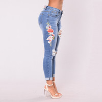 Embroidered Jeans women 2017 Hole ripped denim pants Cool  vintage jeans High Waist casual pants Muje Femme Plus Size S-3XL