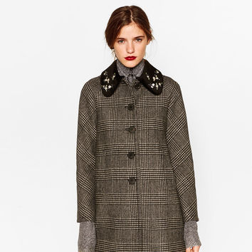 CHECK COAT WITH GEM COLLAR
