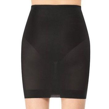 Assets by Sara Blakely Women's Shapewear Feath Firm Half Slip 1600 Black Nude and Black