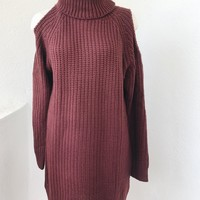 BLISS TURTLENECK SWEATER DRESS - BURGUNDY