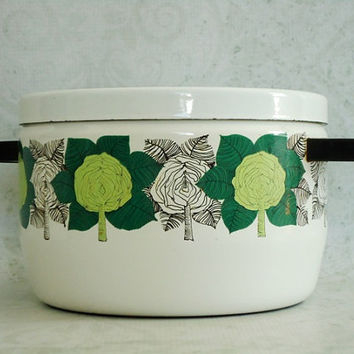 MCM Finel Finland Enamelware Covered Casserole Pot - Vintage Finel Arabia Enamelware