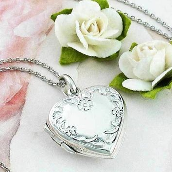 Sweet Floral Heart Locket Necklace