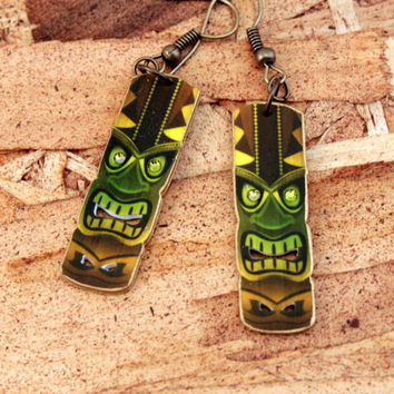 Tiki earrings - Tiki jewelry - Tiki God - Retro Tiki - Surf earrings - Surf jewelry - Green - Brown - Yellow - Summer jewelry - Plastic