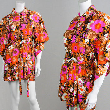 Vintage 70s Mini Dress Kimono Sleeve Flower Power Psychedelic Print Boho Mini Dress Hippie Dress Angel Sleeve Oriental Dress 1970s Dress
