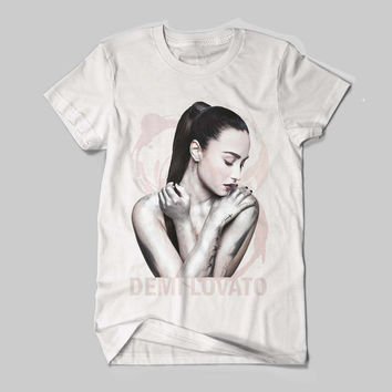 "Demetria Devonne ""Demi"" Lovato American actress, singer Logo Black and White Shirt Men or Women Shirt Unisex Size"
