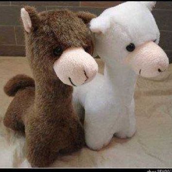 Plush toy stuffed alpaca doll with cute face