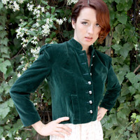 Green Victorian Style Velvet Jacket - Rich Thick Emerald Green Fabric, Fully Lined, Padded Shoulders, Button Front - Women's Size 8 / Medium