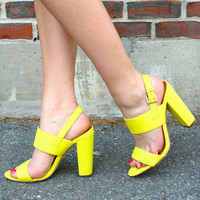 """Fay"" Double Strap Chunky Heel Sandals - Chartreuse"