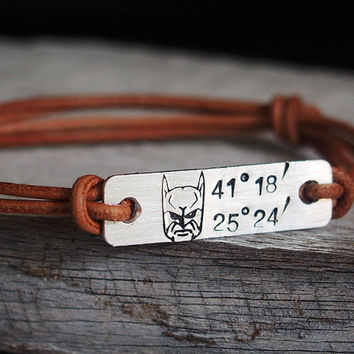 latitude engraved bracelet leather coordinate personalized coordinates cuff custom men dp longitude anniversary amazon for com gps