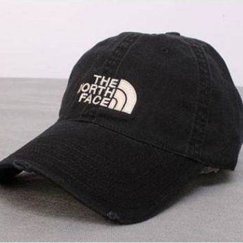 LMFXF7 The North Face Casual Classics Embroidery Hats [9468782215]