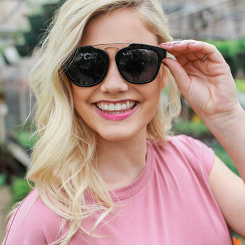Heading Out Sunglasses - Black