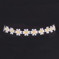 White Daisy Choker Necklace