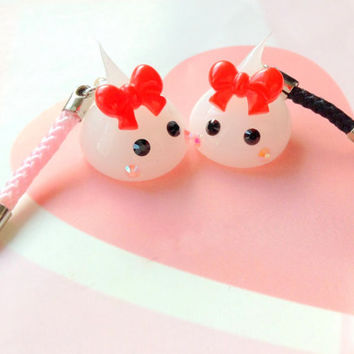 White Hoppe Chan Phone Charm, Kawaii Dust Plug, Cheeks Chan, Japan, Sweet Lolita, Phone Strap, Kawaii Earphone Plug Charm, Cute Creature