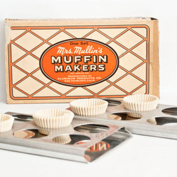 Vintage Mrs. Mullins Muffin Makers, New in Box Aluminum Baking Tin Cupcake Pan, Unusual Baking Supply, Campers RV Tiny Home Kitchen Gadget