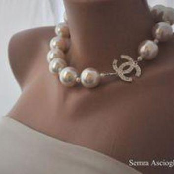 DCCKLM3 Chanel Women necklace With Pearl