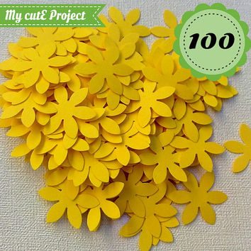 Yellow Confettis - 100 Flowers - Scrapbooking - Party confetti