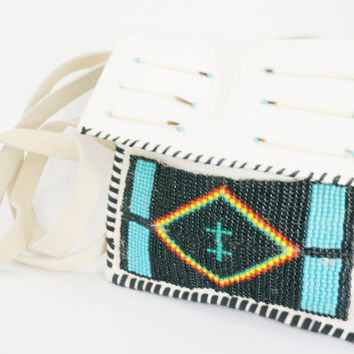 Native American / Indian hand-beaded Leather Purse