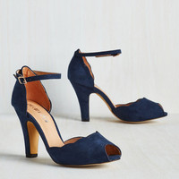Pinup Scallop Your Alley Heel in Navy