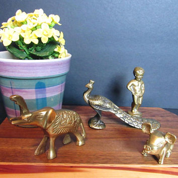 Vintage Brass Metal Figurines / Miniatures, Mini Lot, Brass Figures, Pig, Peacock, Elephant, Manneken Pis