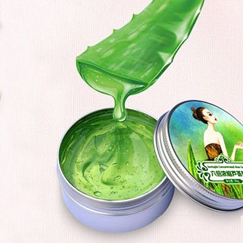 100% Pure Aloe Vera Gel for Acne | Uniquely Blend Aloe Vera infused withWitch Hazel andHyaluronic Acid.