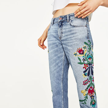 MID - RISE JEANS WITH FLORAL EMBROIDERY-NEW IN-WOMAN | ZARA United States