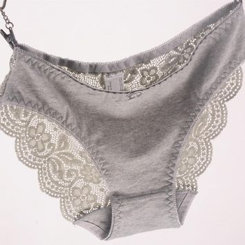 Women Viscose Lace Panties In Extended Sizes
