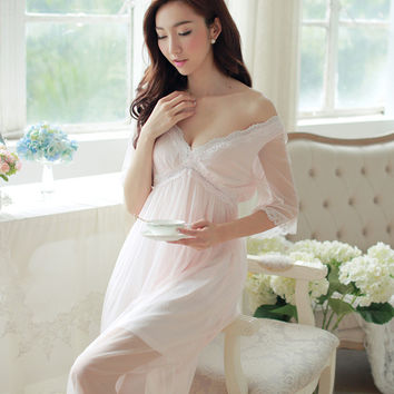 2017 New Spring and Summer Women Princess Sexy Mesh Female Retro Sexy Lace Halter Nightgown